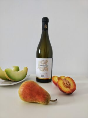 chardonnay slika boce sa voćem